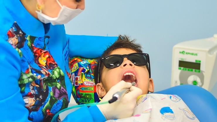 Dentysta dla każdego dziecka. Ministerstwo Zdrowia zabiera się za walkę z próchnicą