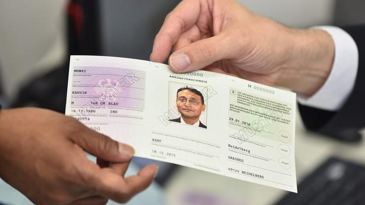 Niemcy pokazały nowe dowody dla uchodźców
