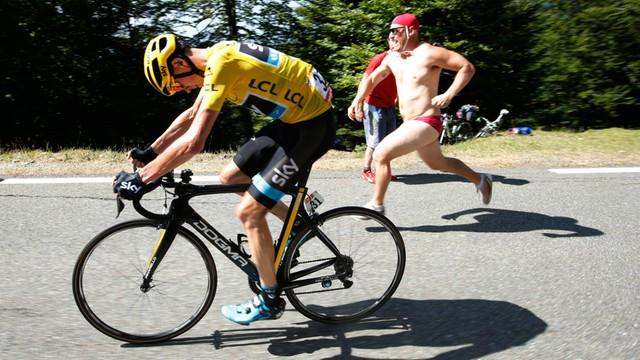 TdF: Froome zdominował dziesiąty etap wyścigu