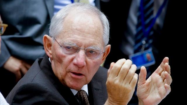 Niemiecki minister finansów przeznacza nagrodę na pomoc dla uchodźców