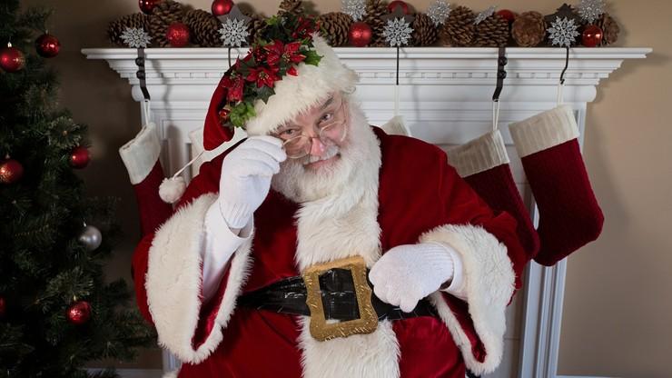 """""""Święty Mikołaj nie istnieje"""". Dyrygent postanowił zniszczyć dzieciom święta. Został zwolniony"""