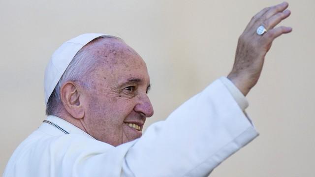Papież: nie wykluczać nikogo z powodu rasy, statusu, kultury i wiary