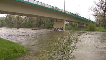 29-04-2017 06:43 Przybywa wody w rzekach Podbeskidzia. Alarmy na Wiśle i Iłownicy