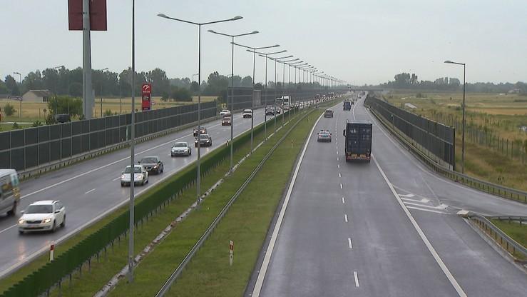 Wypadek na A2 w stronę Warszawy. Trzy osoby ranne