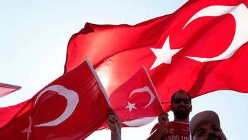 """07-08-2016 17:14 """"Sp...niewierny"""". Turecki polityk do kanclerza Austrii"""