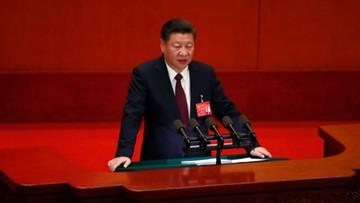 """23-10-2017 15:59 """"Do chińskiej propagandy powraca kult jednostki"""". """"Myśl Xi Jinpinga"""" wejdzie do szkolnych podręczników"""