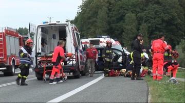 22-08-2016 08:39 Dwie osoby nie żyją, sześć zostało rannych. Wypadek w Małopolsce