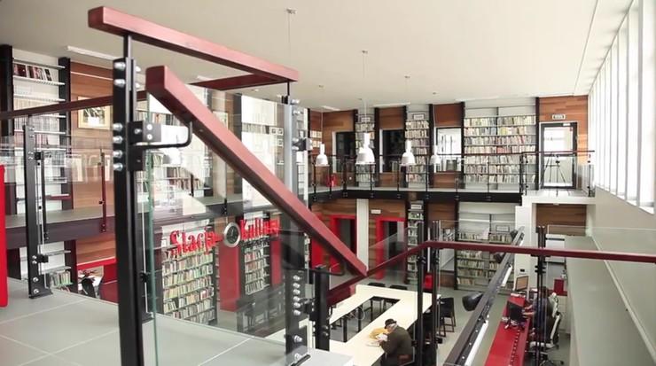 Najpiękniejsza biblioteka na świecie jest w Rumi
