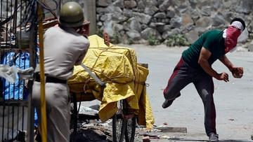 11-07-2016 09:49 Krwawe starcia w Kaszmirze po śmierci przywódcy separatystów