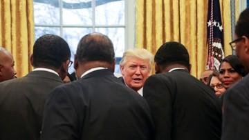 Trump oskarża Obamę, że stoi za protestami przeciwko niemu