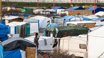 21-02-2016 20:26 Jude Law z wizytą w obozie dla uchodźców w Calais