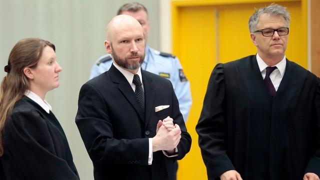 Proces Breivika. Prokurator: chce szerzyć z więzienia swoją ideologię