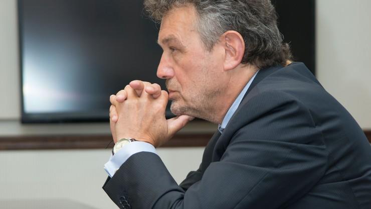 """""""SE"""": ambasador Ryszard Schnepf pobierał dodatek na rodzinę, kiedy jego żona pracowała"""