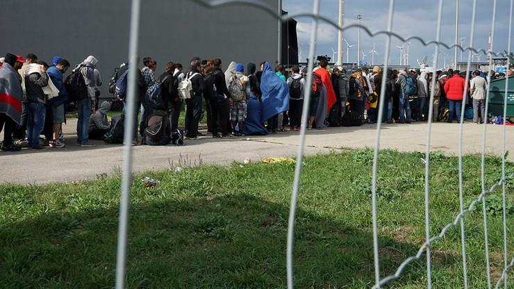 KE do Orbana: solidarność działa w dwie strony, nie finansujemy ogrodzeń