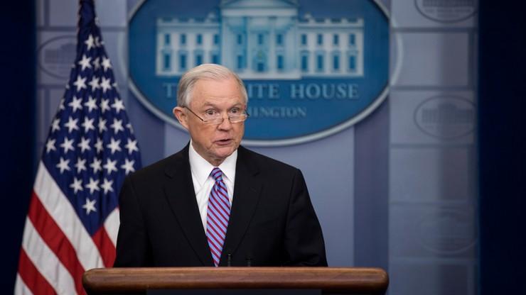 USA: miasta, które odmawiają wydawania nielegalnych uchodźców, stracą fundusze federalne