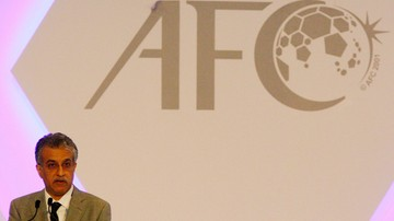 2015-10-26 Szejk z Bahrajnu szóstym kandydatem na następcę Blattera