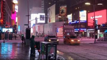 14-03-2017 13:18 Deszcz, śnieżyce i wiatr w USA. Zamknięto szkoły, odwołano tysiące lotów
