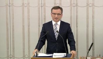 30-07-2017 14:14 Ziobro: Andrzej Duda musi wybrać - wielkość, albo groteska