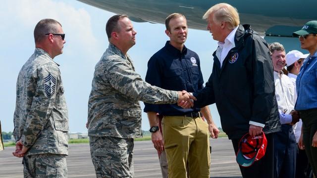 USA: Prezydent Trump odwiedził Houston