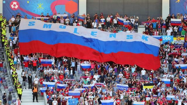Przywódca rosyjskich kibiców deportowany z Francji - po raz drugi