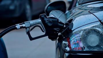 10-02-2016 18:20 Spadki cen paliw zwalniają. Niewykluczone, że ceny nie będą już niższe