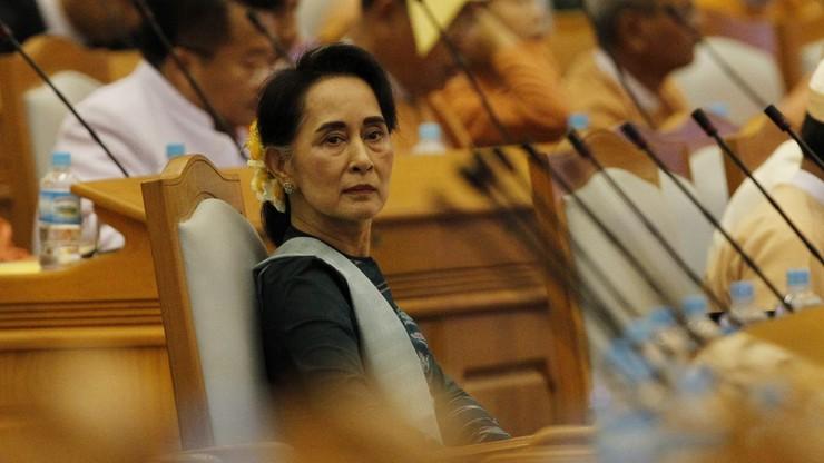 Prezydent-elekt nominował członków nowego demokratycznego rządu Birmy. Jest w nim noblistka Aung San Suu Kyi