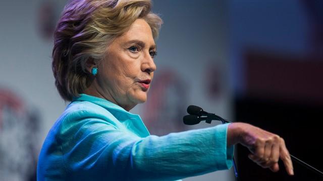 USA: przewaga Clinton nad Trumpem zmalała do 5 pkt. procentowych