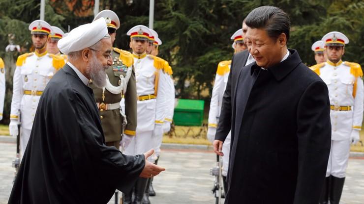 """Chiny i Iran. Porozumienie w sprawie """"strategicznych relacji"""""""