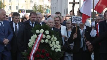 89. miesięcznica. W Warszawie upamiętniono ofiary katastrofy smoleńskiej