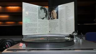 Renesans czarnej płyty. Tysiące krążków i setki fanów