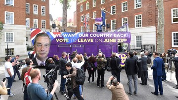 """""""Dezerterzy"""". Szef KE o Brytyjczykach popierających Brexit"""