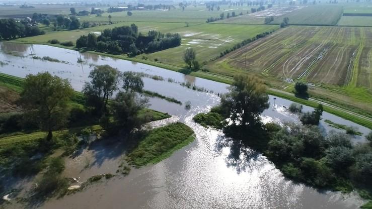 Obniża się poziom wody w rzekach na Śląsku. Dobre wieści również z Małopolski