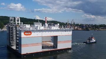06-08-2017 15:28 Stocznia w Gdańsku zwodowała dok do budowy domów na zatoce. Dzięki niemu Monako urośnie o 6 hektarów