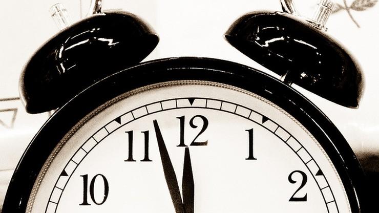 Uwaga, zmiana czasu. W nocy z soboty na niedzielę pośpimy dłużej