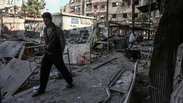 Rosja obiecuje cztery dni przerw humanitarnych w Aleppo