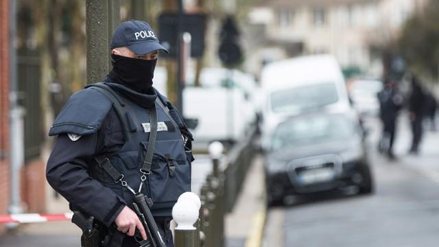 Francja: zatrzymano dżihadystę. Planował zamach