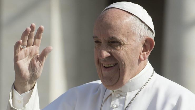 """""""Proszę, nie bądźcie panami"""". Papież do nowo wyświęconych księży"""