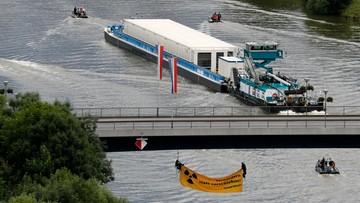 28-06-2017 17:33 Odpady nuklearne na statku w Niemczech. Pierwszy taki transport