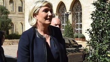21-02-2017 11:20 Le Pen odwołała spotkanie z muftim, bo nie chciała założyć chusty