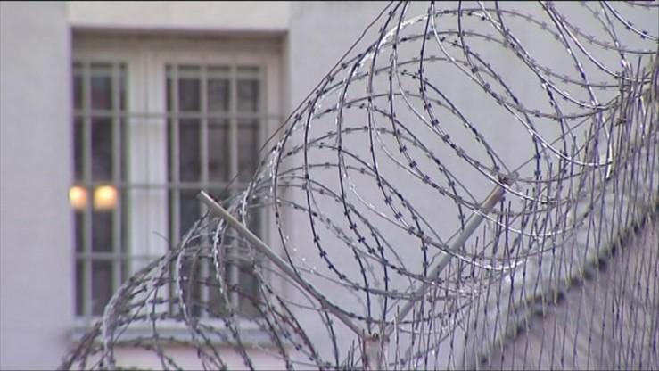 Polska ukarana. Za więźniów, którym kazano trzymać oszczędności na książeczce