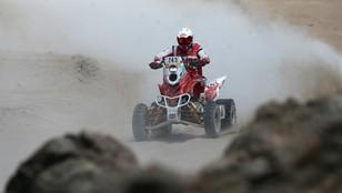 Rajd Dakar - Rafał Sonik ma złamaną nogę i kończy wyścig