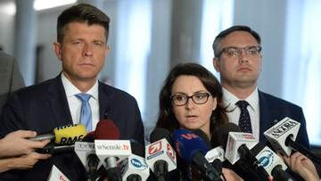 20-07-2017 17:15 Nowoczesna: musimy pokazywać sprzeciw na ulicach, w internecie i w Sejmie