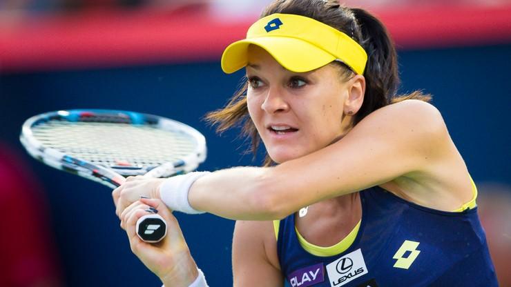 Radwańska po ciężkim boju awansowała do III rundy