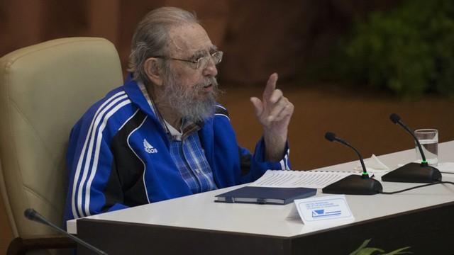 Na każdego przychodzi kolej - Fidel Castro przemawiał na zjeździe Komunistycznej Partii Kuby