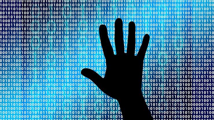 Rosyjscy hakerzy atakują ukraińską energetykę i finanse