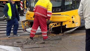 Tramwaj wykoleił się po zderzeniu z ciężarówką