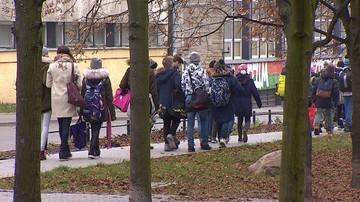 """Jak rozpoznać """"fake news"""". Zajęcia dla dzieci w szwedzkich szkołach"""