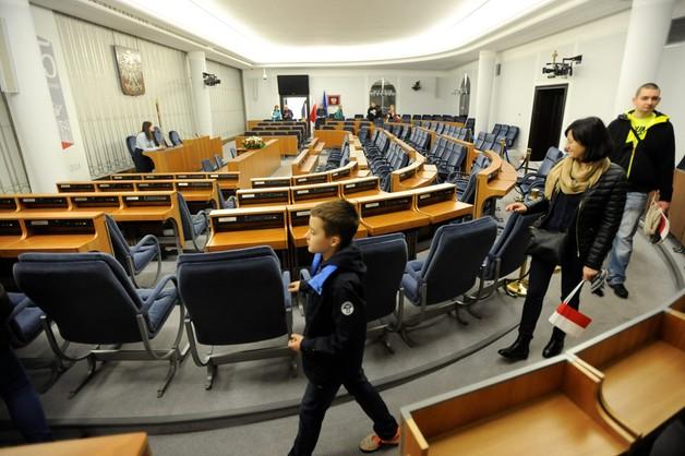 Będzie audyt zagranicznych delegacji senatorów