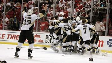 2017-04-17 NHL: Broniące tytułu Pingwiny o krok od awansu do drugiej rundy