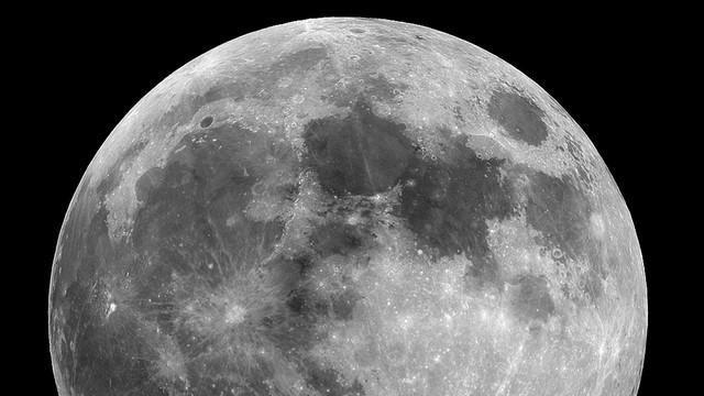 Najbliższej nocy całkowite zaćmienie Księżyca
